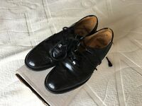 Gents full leather Ghillie Brogues size 7