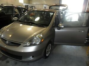 2007 Honda Fit LX- ONE OWNER! SOLD CERTIFIED AND E-TESTED CERTIF