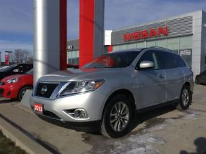 2013 Nissan Pathfinder SL 4X4, HEATED SEATS/STEERING WHEEL, BACK