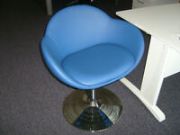 RETRO TUB/BEBOP SHELL CHAIRS IN BLUE FAUX LEATHER ON GAS LIFT TRUMPET BASE