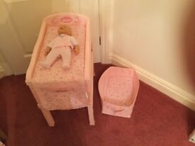 Baby Annabelle changing table with storage box and doll £20 can deliver if local call 07812980350