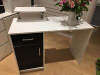 Desk and monitor shelf