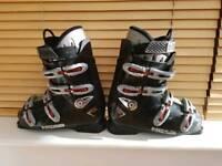 Head Edge 7.0 ski boots (Size 9)