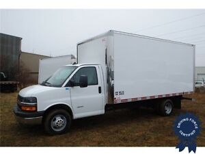 2016 Chevrolet Express 4500 16 ft Cube Van, 6.0L V8, 14,981 KMs