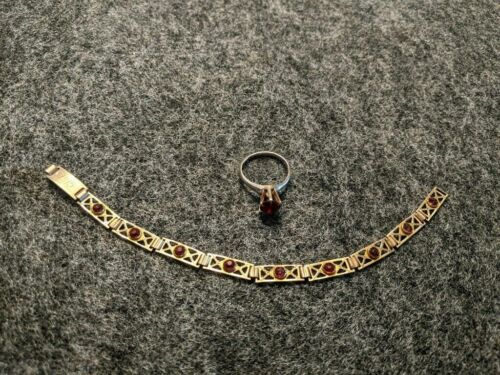 Edwardian Gold Ring and Bracelet Set