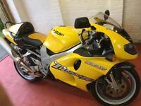 Suzuki TL 1000 R-W Motorcycle