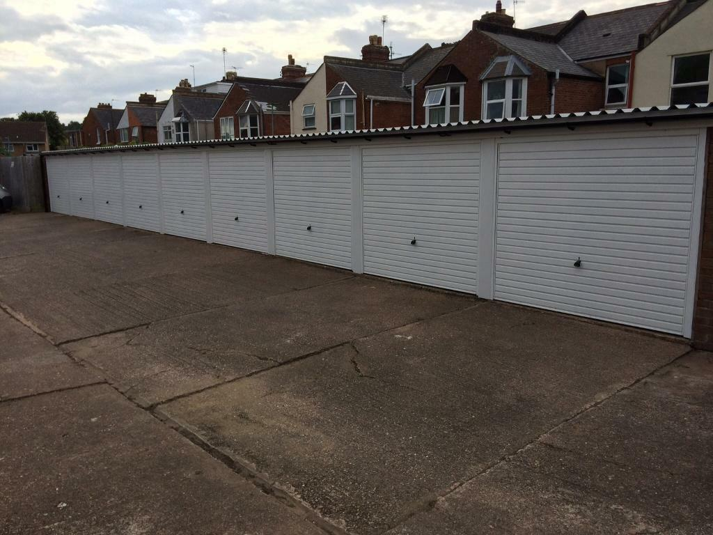 Garage For Rent in Exeter St Thomas