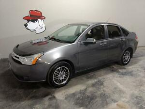 2010 Ford Focus SE  ***FINANCING AVAILABLE***