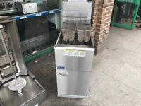 GAS FRYER CATERING COMMERCIAL KITCHEN EQUIPMENT CAFE KEBAB CHICKEN RESTAURANT FAST FOOD TAKE AWAY