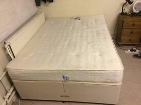Double divan bed complete with mattress in great condition.