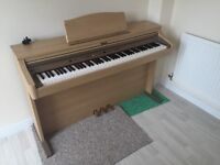Roland Digital Piano for sale, Excellent condition comes with piano stool