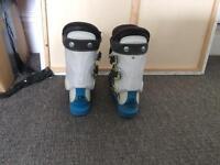 Ski boots size 23.5