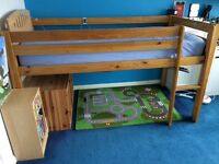 Single wooden cabin bed