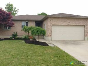 $414,900 - Bungalow for sale in Mitchell
