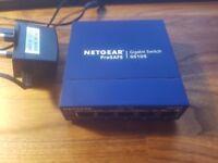 NETGEAR GS105UK 5-Port Gigabit Unmanaged Ethernet Switch