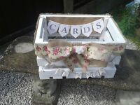 HAND MADE VINTAGE WEDDING DAY CARD CRATE