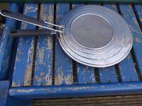 Meyer circulon 30cm griddle with ernesto splash lid