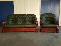 DARK GREEN LEATHER 3 SEATER SOFA / SETTEE / SUITE AND CHAIR / ARMCHAIR ON WOODEN FRAME CAN DELIVER