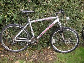 kona fire mountain custom alloy 7000 front suspension 24 speed,runs well,tidy bike
