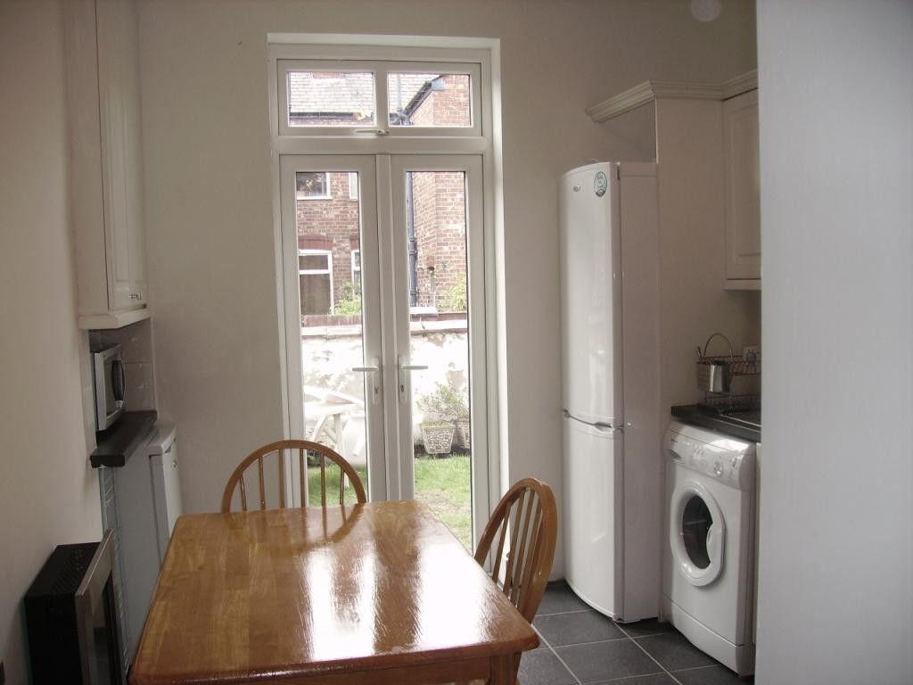 Single Bedroom in Chorlton