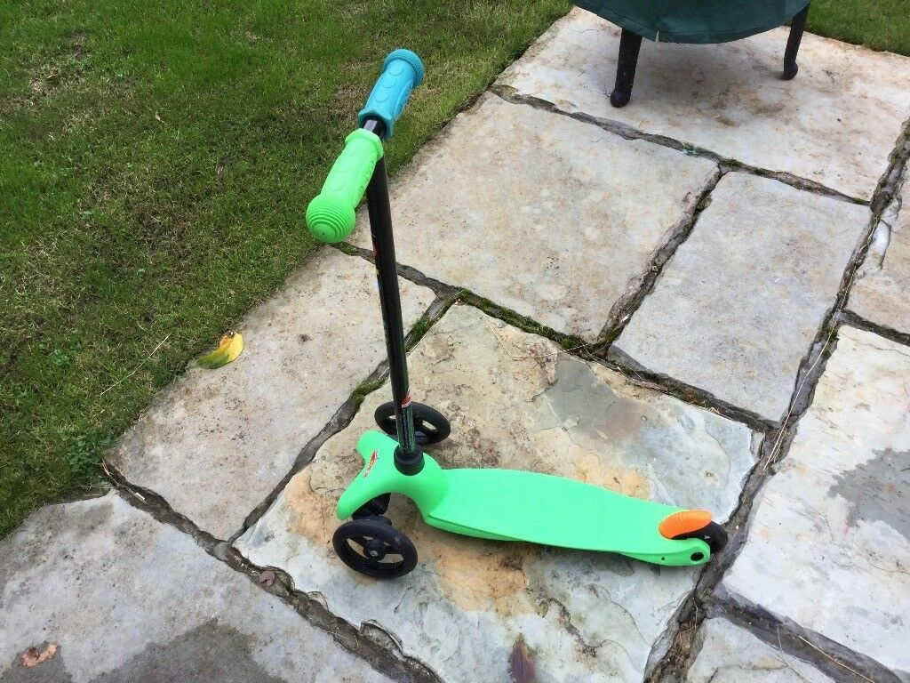 Micro scooter - unisex green