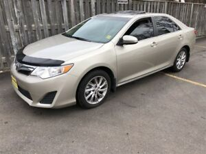 2014 Toyota Camry LE, Automatic, Sunroof, Only 58, 000km