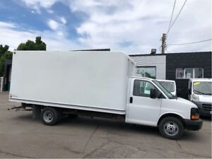 2015 GMC Savana 3500 16ft cube van with ramp