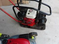 COMPACTOR PLATE WITH HONDA ENGINE
