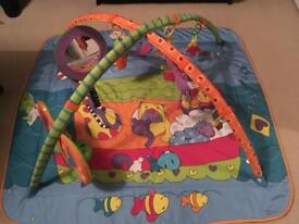 Tiny Love Gymini Kick and play mat baby gym