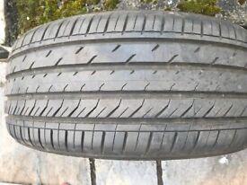 2 Nearly New Davanti tyres 225/45R 18
