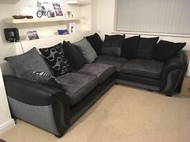 Corner Sofa very good condition only 1 year old