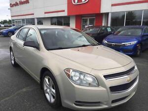 2009 Chevrolet Malibu LS **AVEC PNEUS D'HIVER**