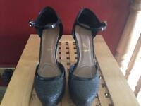 Black sparkly heels size 8