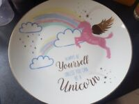 4 unicorn dinner plates vgc antrim