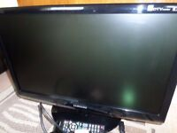 "Samsung 23"" Full HD with Freeview"