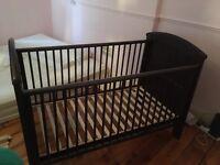 Mamas & Papas Hayworth Cot Bed