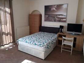 one double room in Bethnal Green