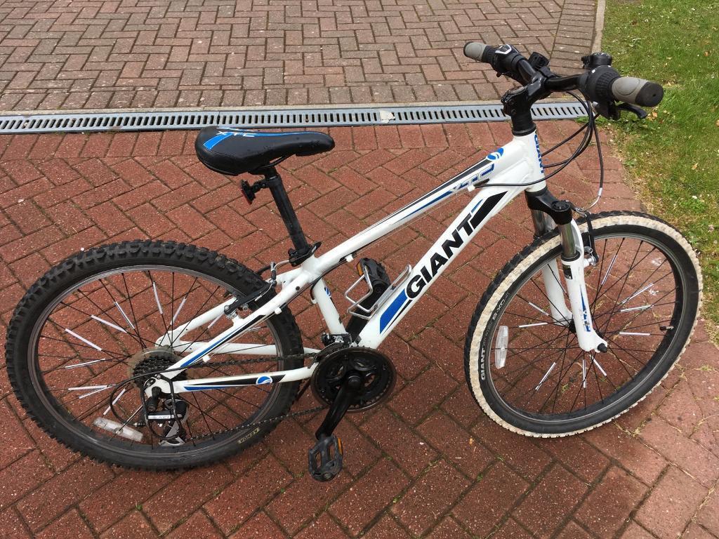 f312f509594 Giant Xtc 24 Inch Kids Mountain Bike In Stewarton East Ayrshire