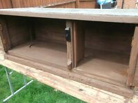 Rabbit guinea pig hutch