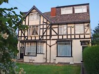 168 Austhorpe Road Flat 2, 2 BED-SUPERB 2 BED FLAT IN A GREAT AREA!!