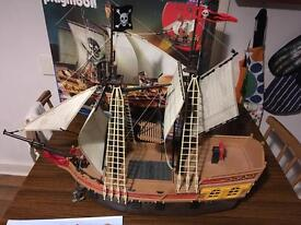 Playmobil pirate ship 5135 boxed instructions