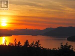 11383 Nitinat Rd North Saanich, British Columbia