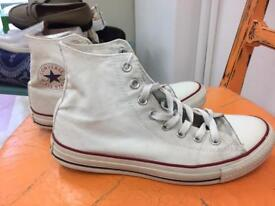 **CONVERSE BOOTS** WHITE** SIZE 7/40