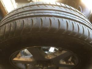 4 pneus d'été, Nokian, I3, 205/65/15, mesure 7-7-6-6/32.