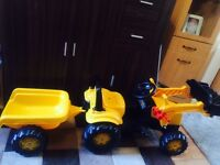 Lovely yellow children's tractor with trailor and loader!