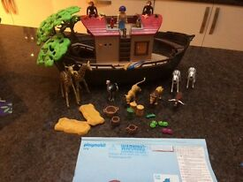 Playmobil Ark and figures