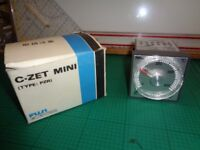 Fuji Electric C-ZET Mini Type PZRFHY71 Temperature Controller
