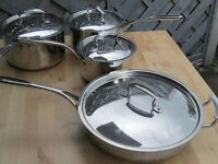 SET OF SAUCEPANS WITH LIDS PLUS FRYING PAN COPPER BOTTOMS