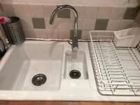 Ceramic double white sink with draining ridges