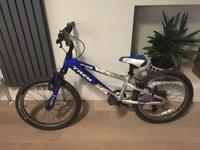 Blue mountain bike trek mt 60